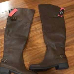 American rag tall boots